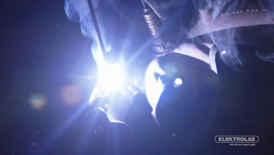 Gietijzer repareren - Elektrolas legt het uit