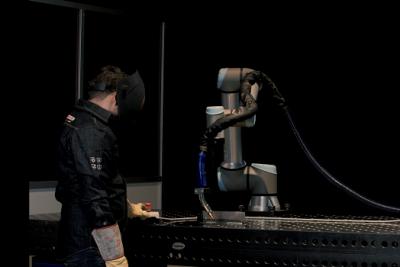 Waarom werken met een cobot in de laswerkplaats?