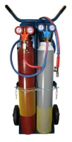 Gloor Las -en snijset Lilliput Bestaande uit; -Mini-red.ventiel acetyleen -Mini-red.ventiel zuurstof -Vlamdover acetyleen -5mtr. duoslang 6x6mm -Las -en snijset Gloor Lilliput -Flessensleutel 3-in-1