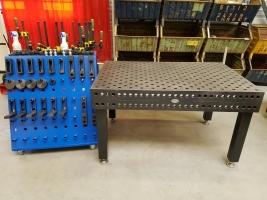 Gebruikte Lastafel 1500x1000 28mm inclusief poten en spanmiddelen set 4