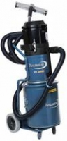 Dust Solutions DC 1800 mobiele afzuiger incl. vloerzuigset bestaande uit: *5mtr slang 38mm rond *vloernozzle 370mm breed *zuigbuis 38mm rond *5 stofzakken standaard